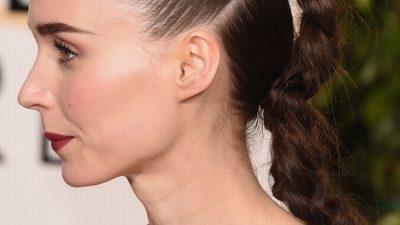Kırmızı halının en iddialı örgülü saç modelleri